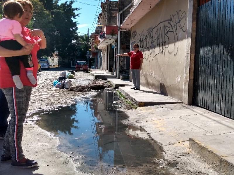 SIAPA ignora denuncia sobre fuga de aguas negras