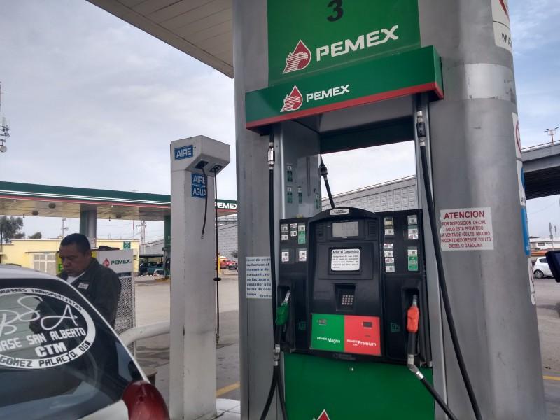 Signos de desabasto de gasolina en Durango
