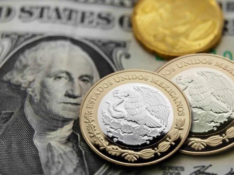 Sigue la caída del peso, dólar se cotizó en 21.35