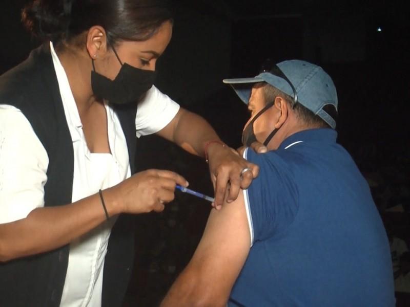 Sigue la vacunación, ahora le toca a los