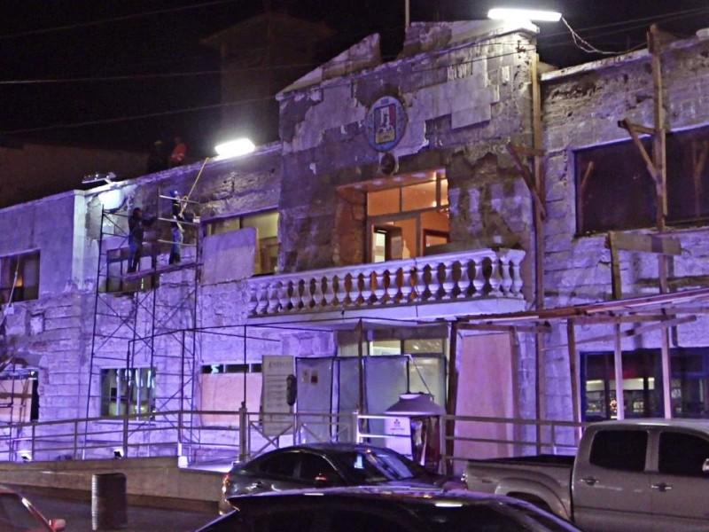 Sigue remodelación de palacio municipal