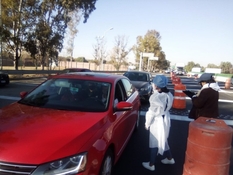 Siguen filtros sanitarios en carreteras de Querétaro