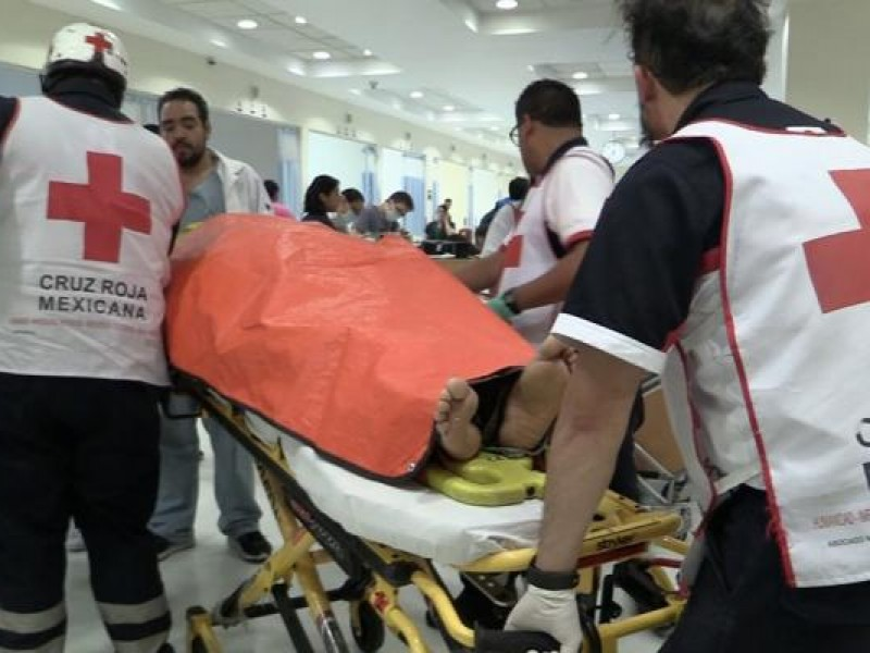 Siguen hospitalizadas 30 personas por explosión en Tultepec