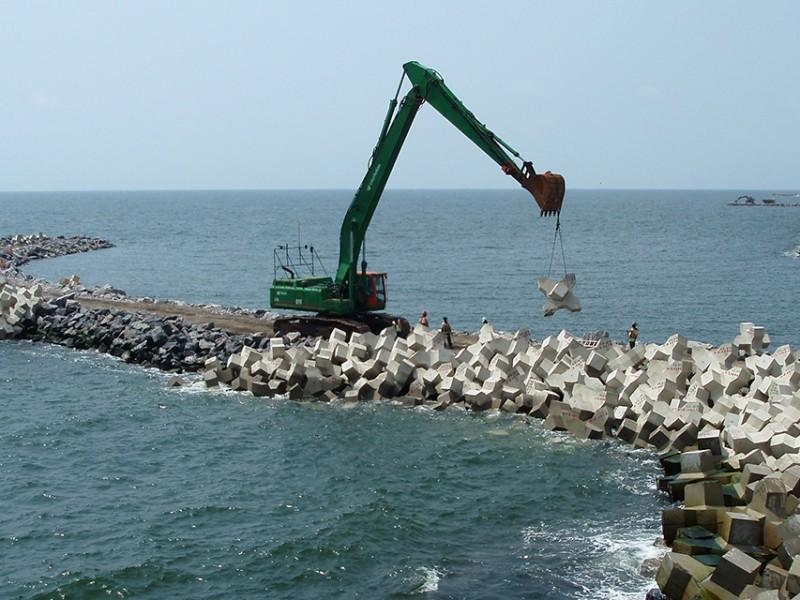 Sin acuerdos con Hipólito Rojas en construcción del Rompeolas CTM