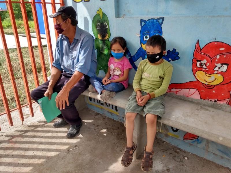 Sin clases niñez de extrema pobreza en Chiapas