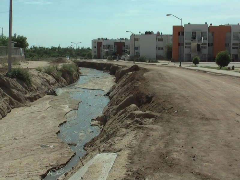 Sin concluir el canal pluvial de Chulavista