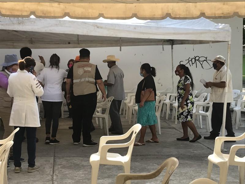 Sin larga fila en último día de vacunación en Medellín