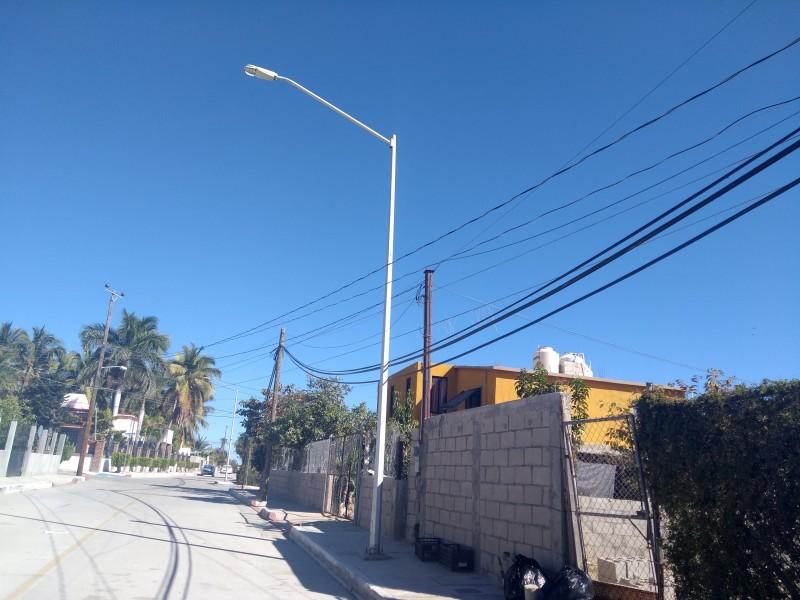 Sin luz pública 17 postes: Ampliación Sta. Rosa