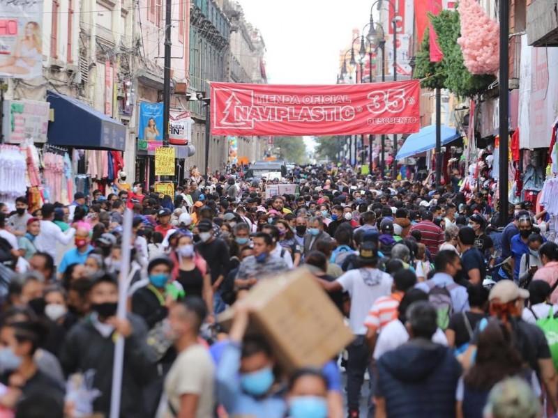 Sin miedo al Covid desbordan calles del centro histórico