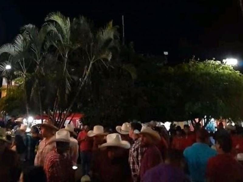 Sin protocolos de seguridad inician fiestas de Zacualpan