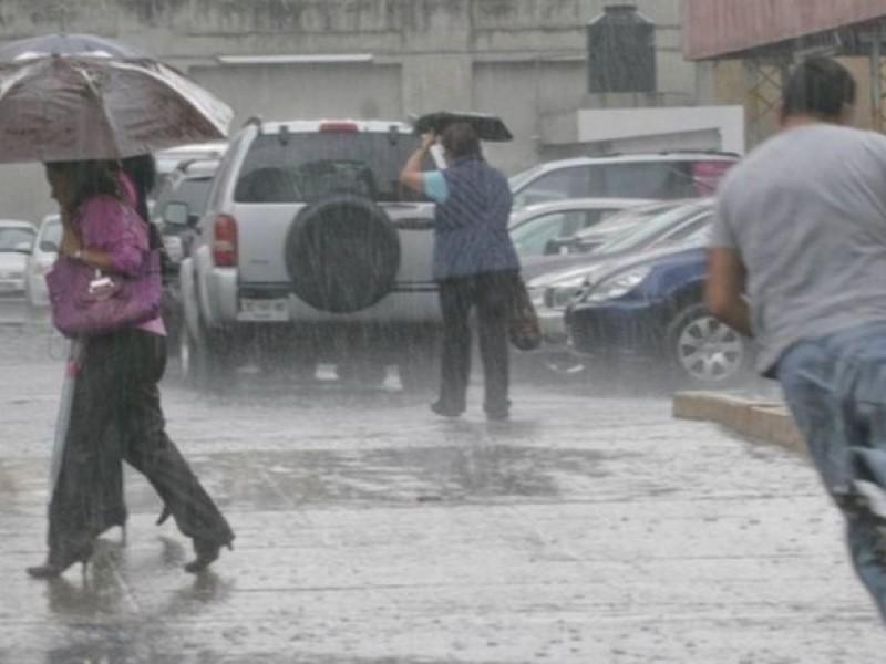 ¡Sin soltar los paraguas!... fuertes lluvias para este viernes
