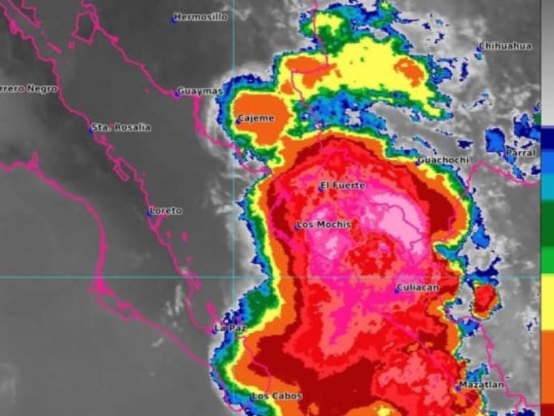 Sinaloa en alerta por acecho de Huracán