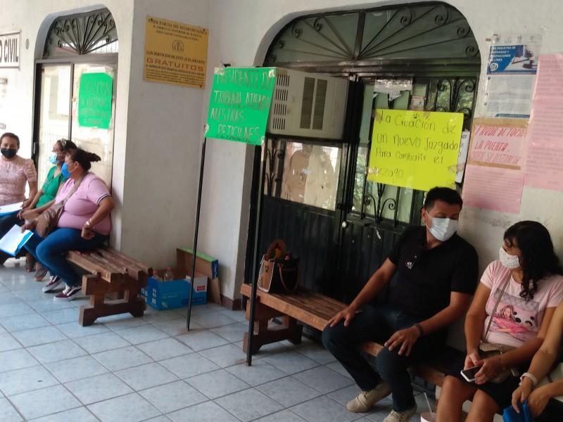 Sindicalizados cierran juzgados del Istmo; exigen respeto a prestaciones internas