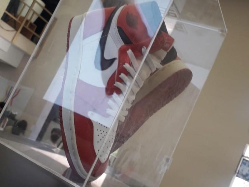 Sneakers, culto y pasión por el arte pisada a pisada