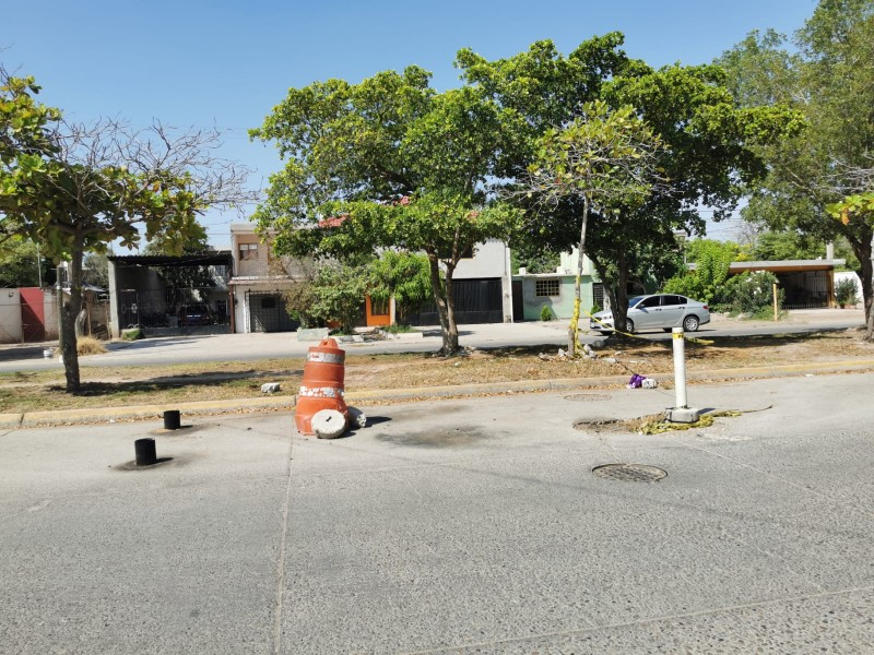 Socavón sobre Bulevar Rosendo G. Castro sigue sin ser atendido