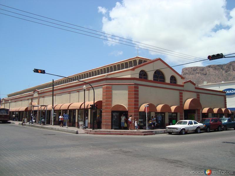Sólo 10 apoyos de 200 llegan a Mercado Municipal