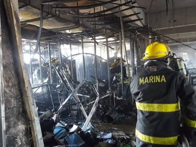 Solo daños materiales por incendio en Conagua