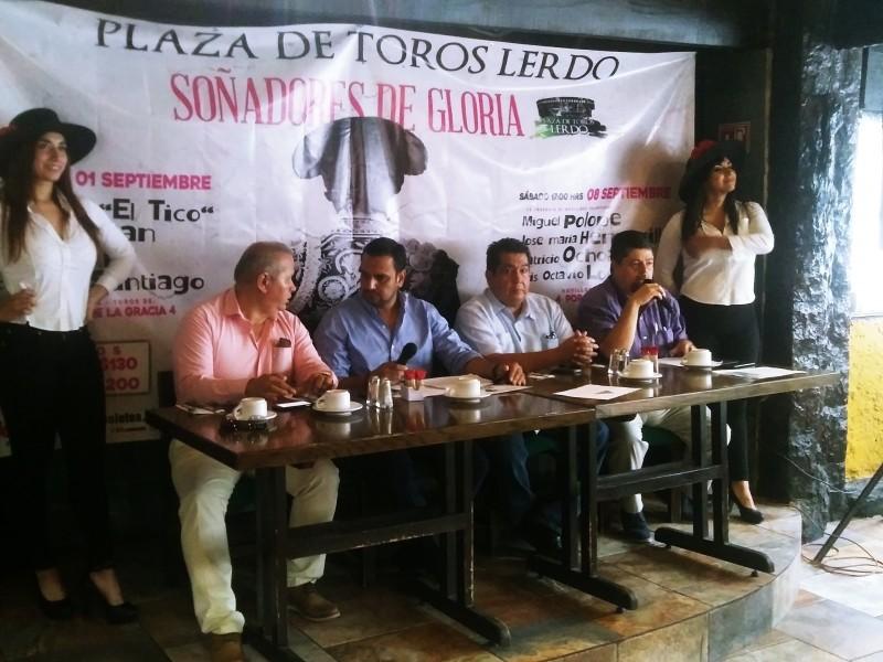 Soñadores de Gloria en la Plaza Lerdo