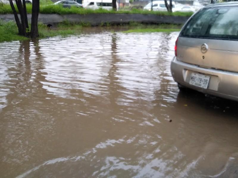 Sorprende granizada a ciudadanos de Poniente de Morelia
