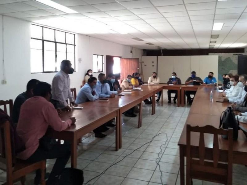 Sostienen reunión autoridades para organizar elección de Oxchuc