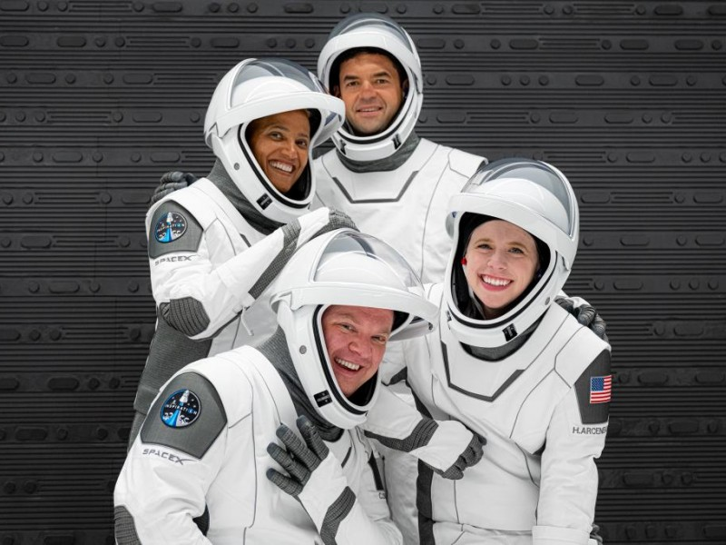 SpaceX realiza exitosamente lanzamiento de la misión Inspiration4 al espacio