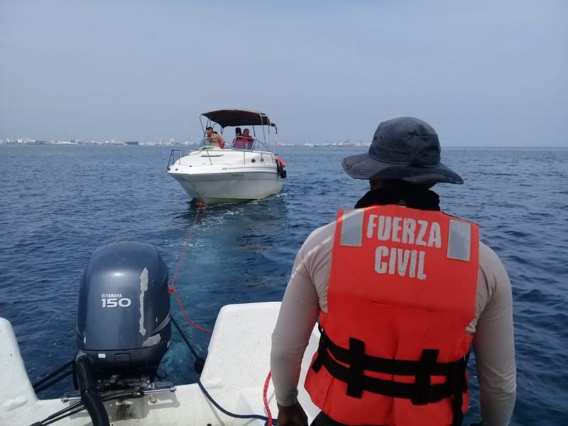 SSP rescata a familia en embarcación a la deriva