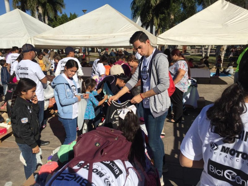 Street Store Obregón beneficia a 2 mil personas