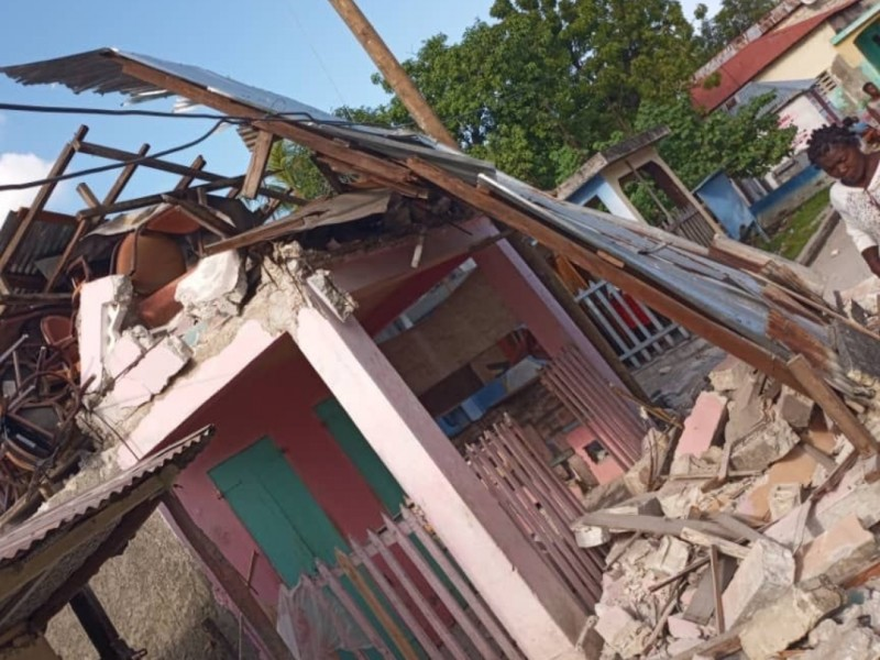 Sube a 304 cifra de muertos por terremoto en Haití
