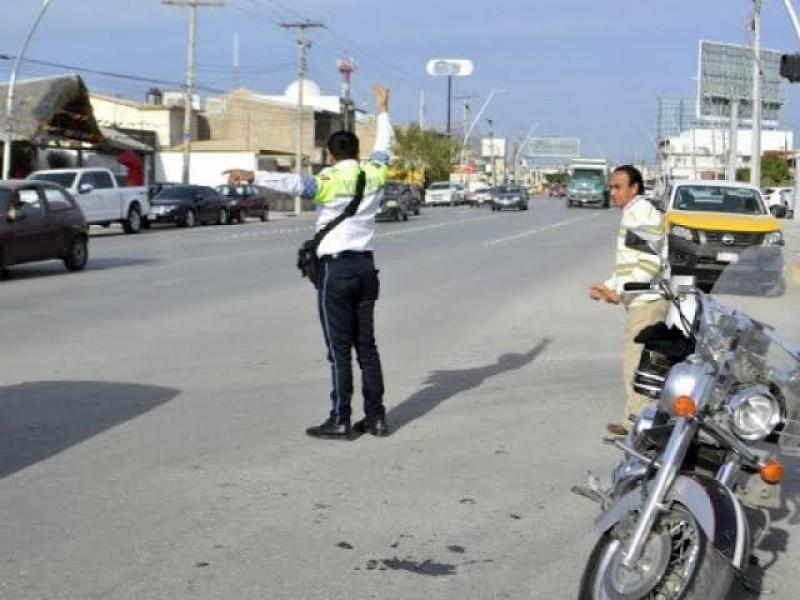 Sube costo de la corrupción en Torreón por agentes viales
