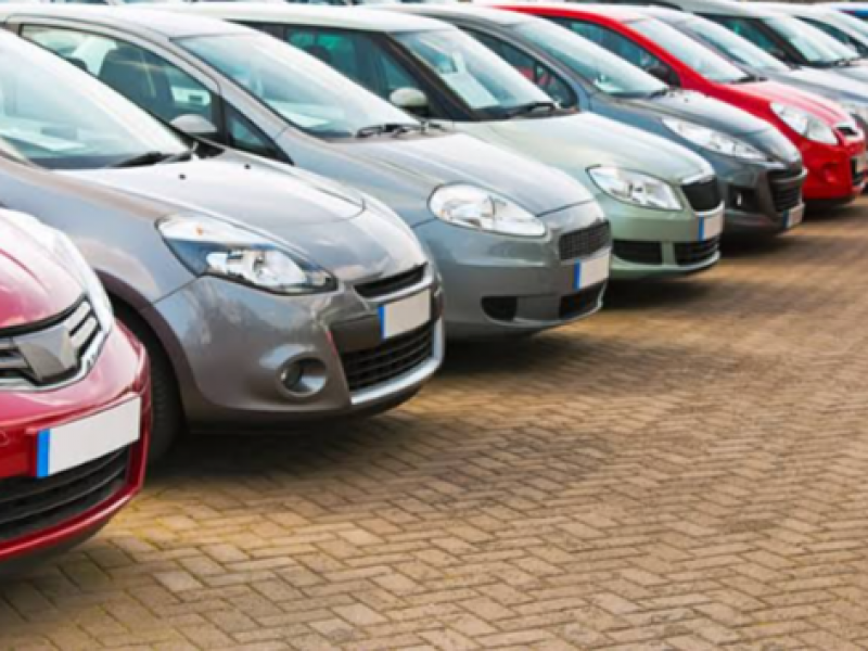 Suben ventas de vehículos ligeros en marzo 2021