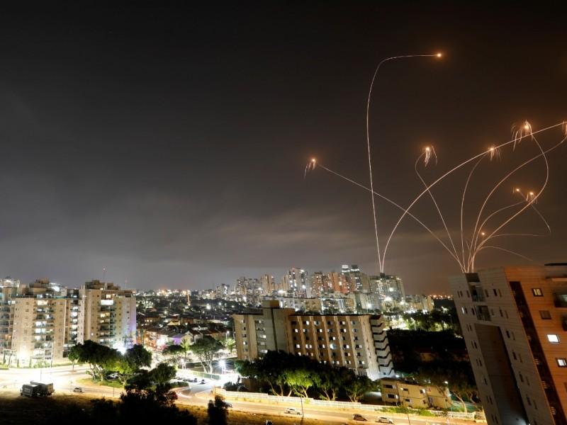 Suenan alarmas tras bombardeo de Hamás hacia Tel Aviv