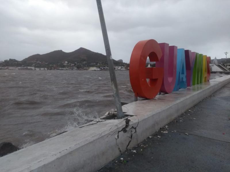 Muros afectados en Malecón