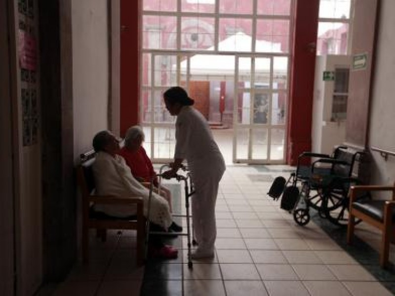 Sufren depresión abuelitos del Asilo San Sebastián
