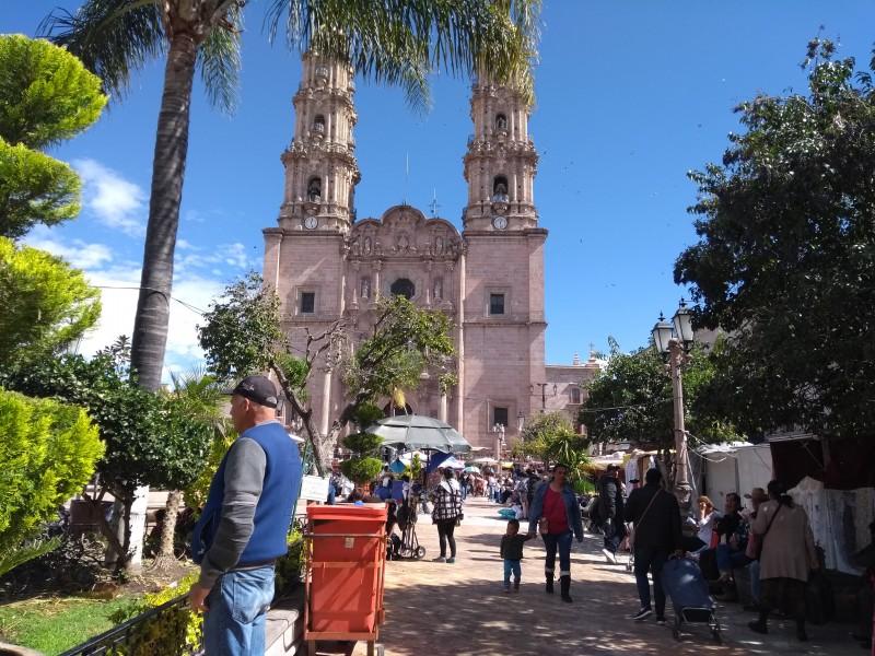 Sufren turistas por desabasto en Jalisco