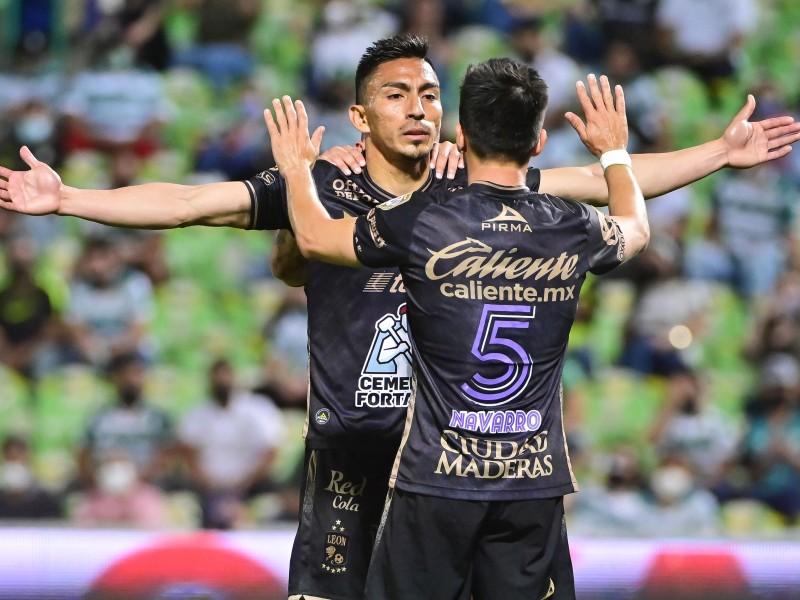Sufrida victoria de Club León en Torreón