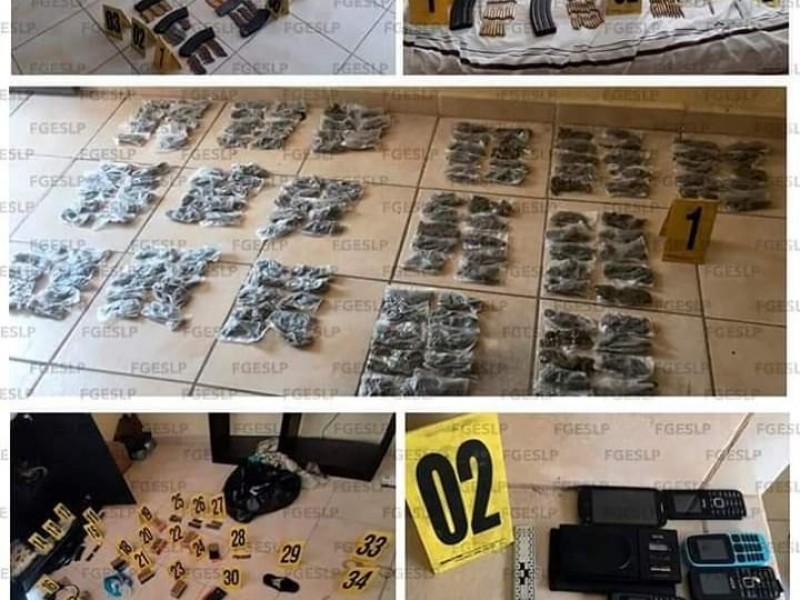 Sujetos asegurados con droga y armas hechizass