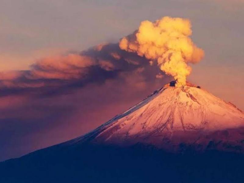 Suma Popocatépetl 62 exhalaciones en últimas 24 horas