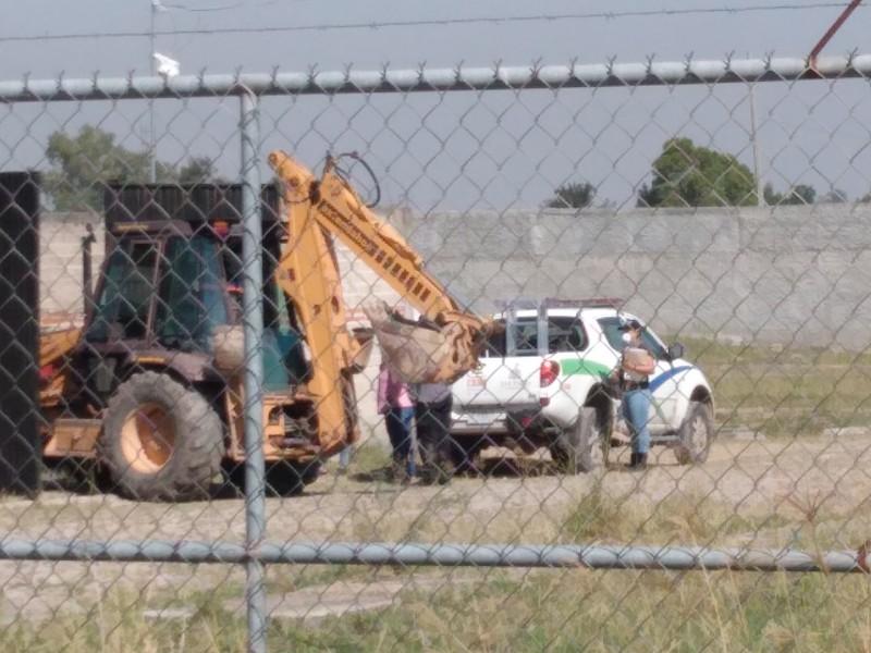Suman 12 cadáveres en fosa de El Zapote