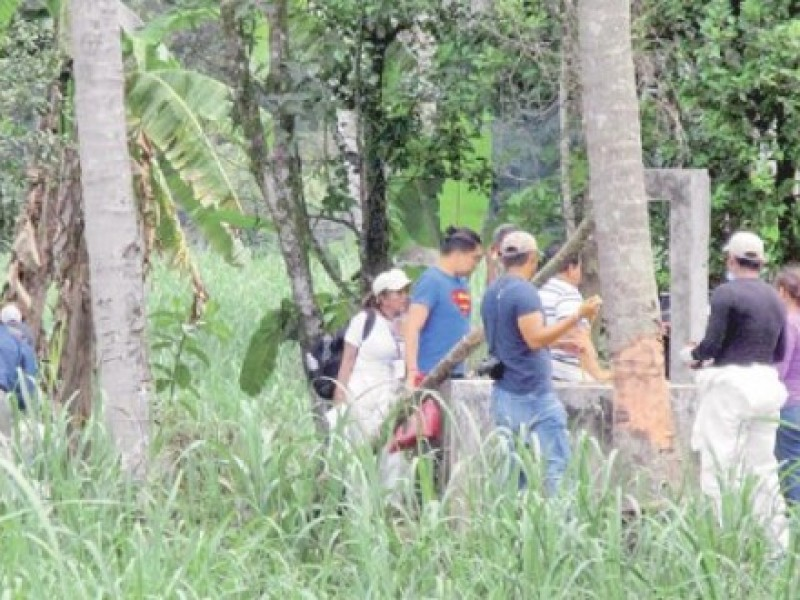 Suman 12 cuerpos en pozos de Omealca: Solecito