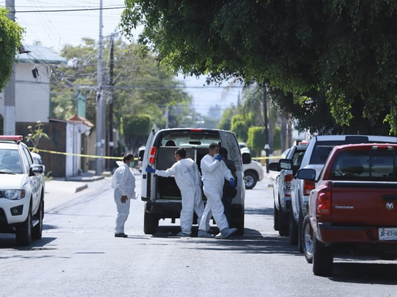 Suman 17 cadáveres exhumados en El Colli