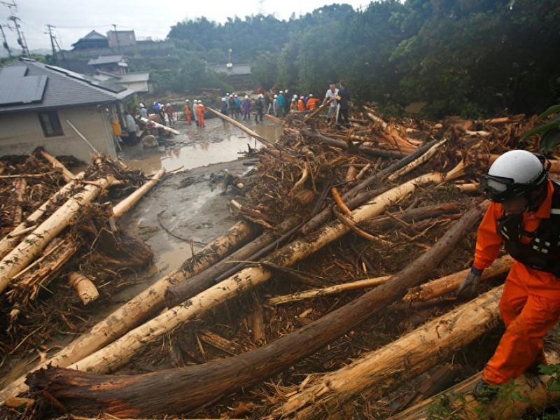 Suman 209  muertos por inundaciones en Japón