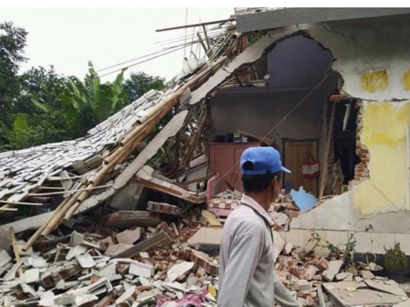 Suman 3 los muertos por sismo en Indonesia