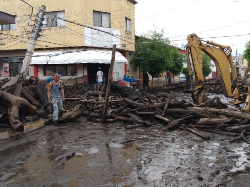 Suman 5 víctimas mortales en San Gabriel