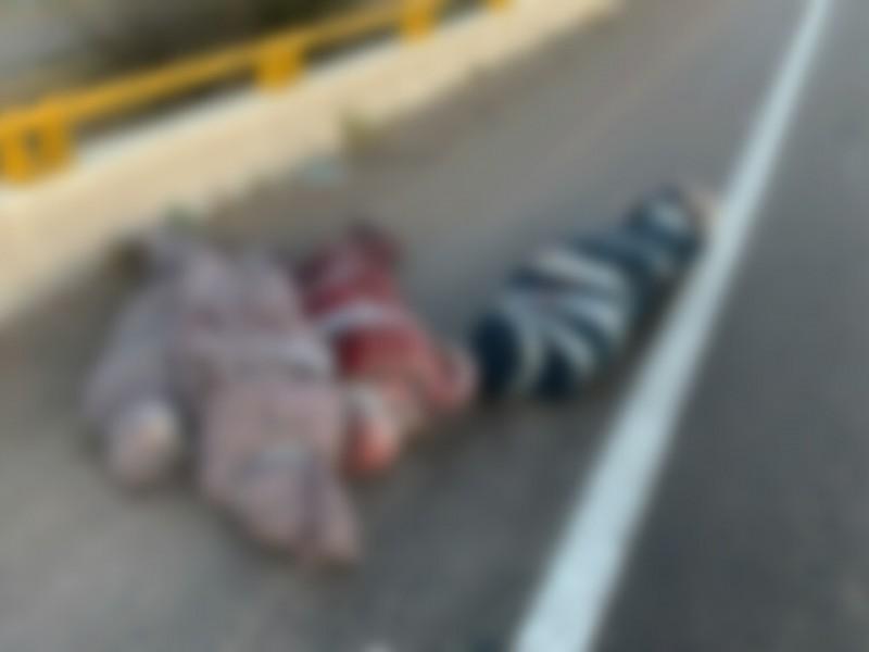 Suman 7 cuerpos localizados con narcomantas este domingo