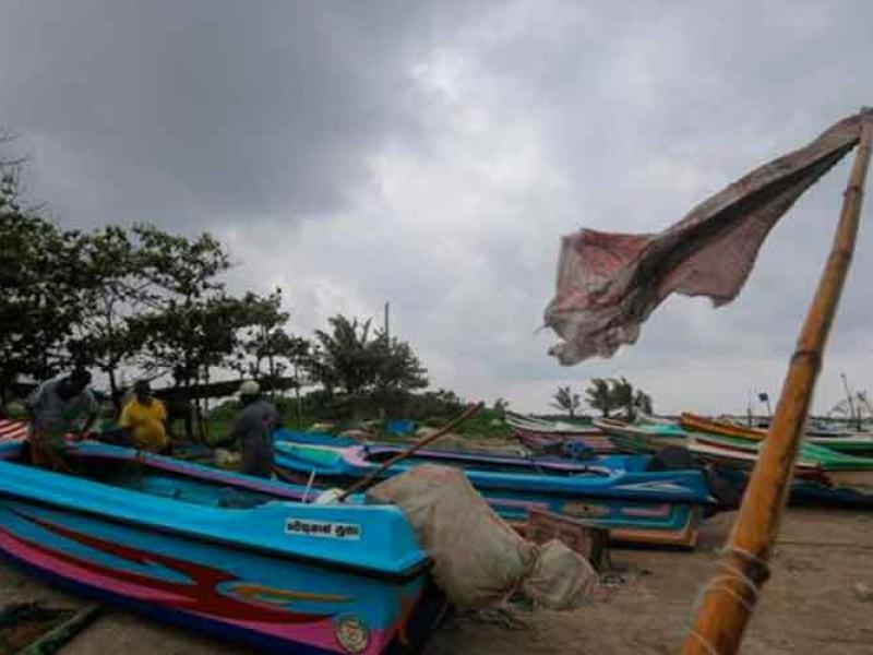 Suman 7 muertos por ciclón Burevi en India