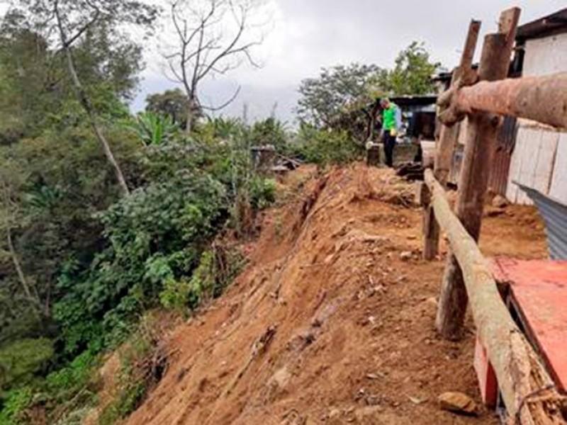 Suman 97 municipios declarados en emergencia por sismo 7.4