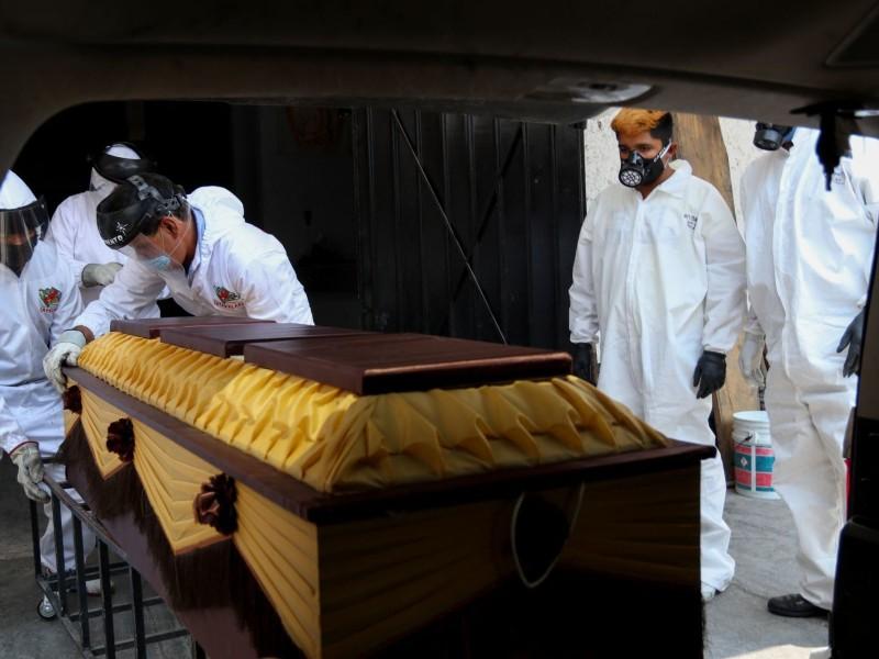 Suman más de 16 mil muertes por Covid en México
