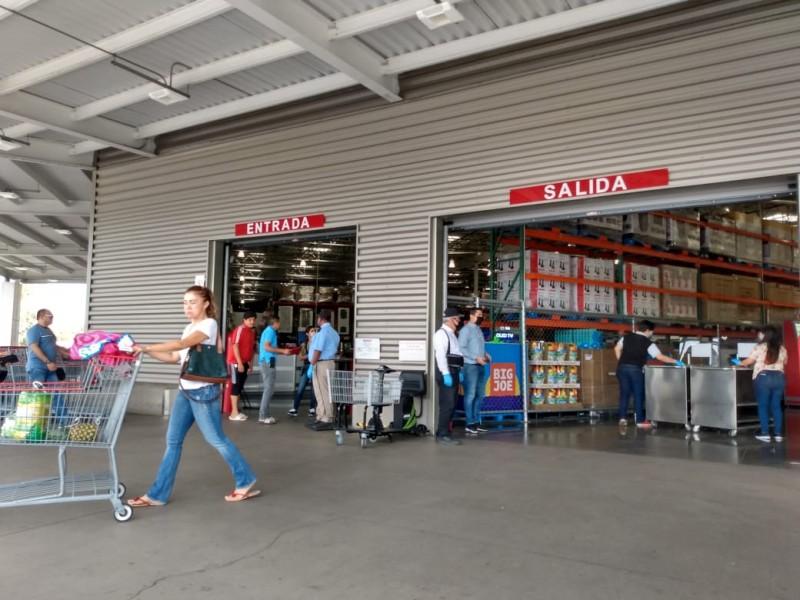 Supermercados acatan medidas de prevención por coronavirus