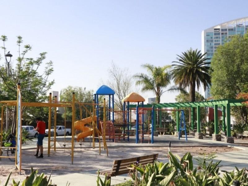 Supervisan avances de parques en Querétaro
