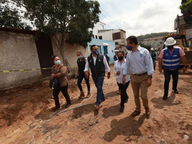 Supervisan obras en la calle Granate,San Pedrito Peñuelas